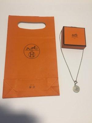 Hermès Silberkette mit Logo-Anhänger