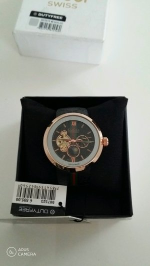 Gucci Watch With Leather Strap black-gold-colored