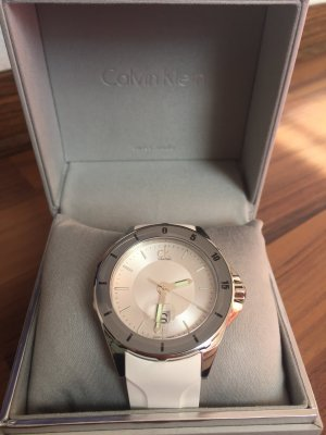 Herrenuhr Calvin Klein play silikon weisse silver swiss made