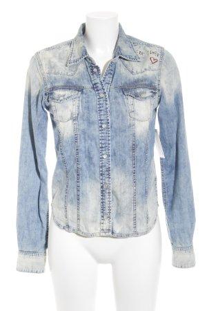 Herrlicher Jeanshemd blassblau-hellbeige Farbverlauf Street-Fashion-Look