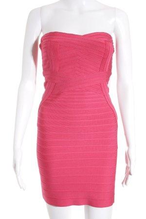 Hervé léger Off the shoulder jurk roze feest stijl