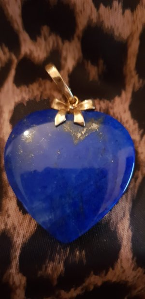 Colgante azul