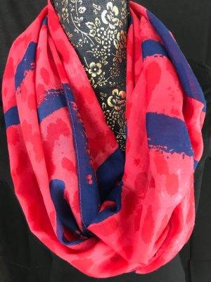 Caperuza multicolor