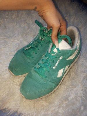 hey Mädels. Ich löse meine kleine Schuhsammlung auf:)