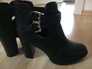 High Heel Boot in schwarz