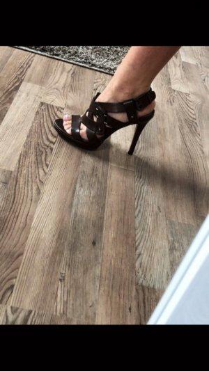 Sandalen met bandjes donkerbruin