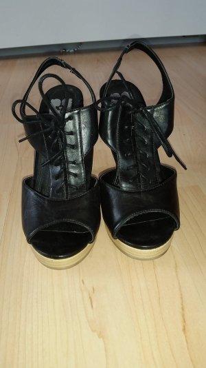 High Heel Sandalette mit schöner Schnürung und Plateau in Gr. 40