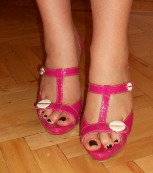 High-Heeled Sandals magenta-white leather