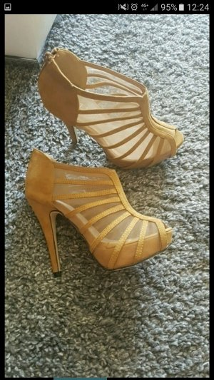 High Heel Sandal camel