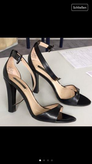 High Heel Zara wie neu Gr 39