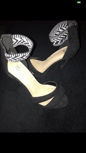 H&M High Heel Sandal black-white