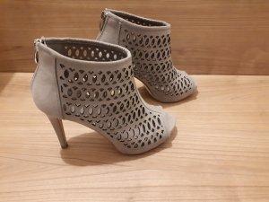 High Heels 37 Grau