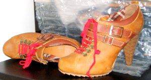 High Heels Cognac Red