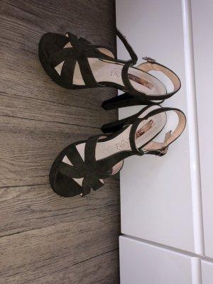Sandales à talons hauts et plateforme kaki