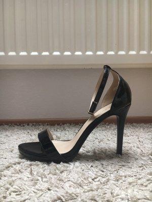 High Heels glanz schwarz