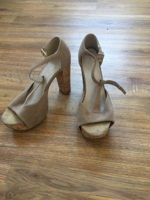 High heels in 39