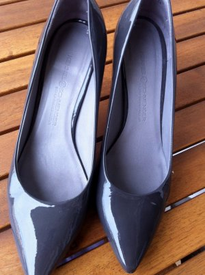 high heels in grau leder/ softlack