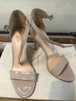 Catwalk Strapped High-Heeled Sandals oatmeal