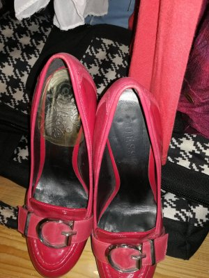 High Heels in pink von Guess