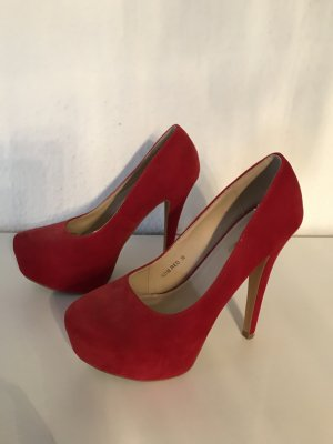 High Heels in Rot