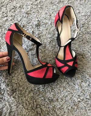 High heels in rot/schwarz