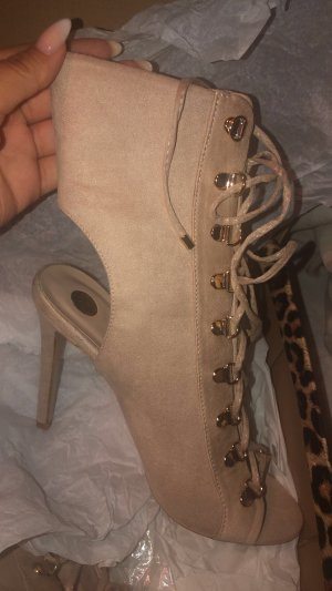 High Heels like a real Kardashian