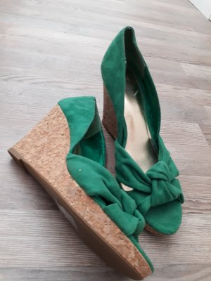 H&M Wedge Pumps sand brown-green