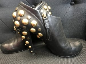 High Heels mit Nieten von Gucci