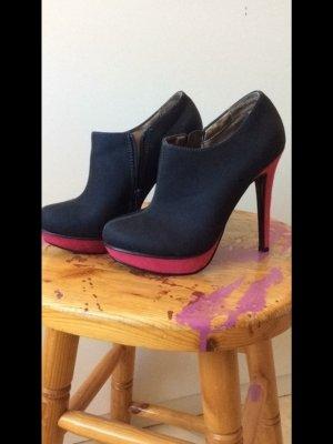High Heels mit Pinkersohle ungetragen