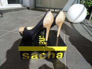 High Heels mit Plateau, schwarz mit Gold von Sacha