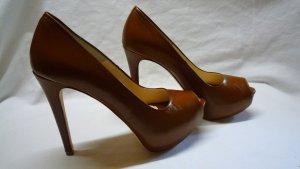 High Heels mit Plateau von Virginia's Secret cognacfarben Gr. 36 NEU