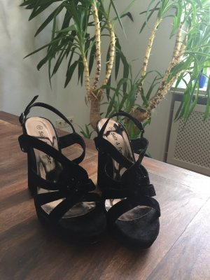 High Heels mit Riemen in Flecht-Look