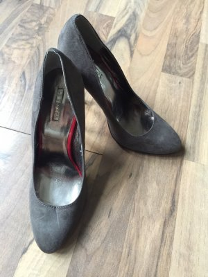 High Heels mit roter Sohle