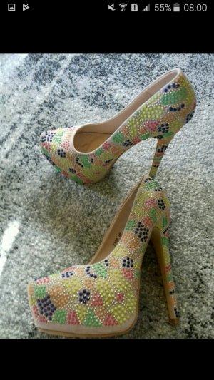 High heels Neu top Zustand