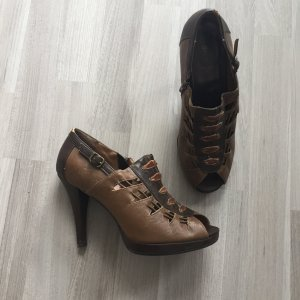 High Heels +++ only Graceland Peeptoe Pumps