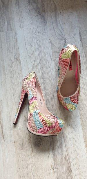 High Heels / Plateau Schuhe / Hohe Schuhe / Pumps