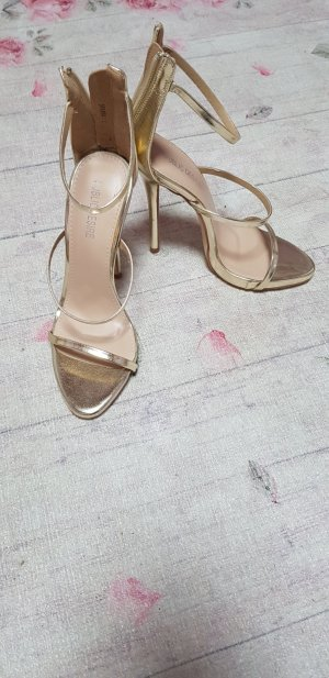 High Heels/Pumps