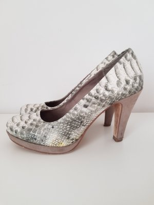 High Heels Pumps in angesagter Schlangenoptik
