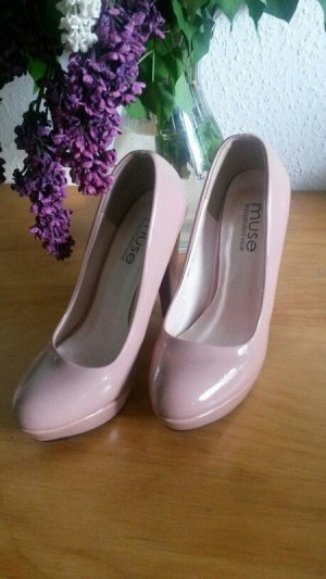 High Heels / Pumps in nude / rosa