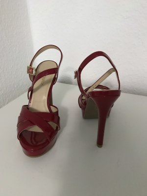 Catwalk High Heels dark red