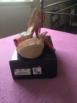 High Heels Rot/Bunt