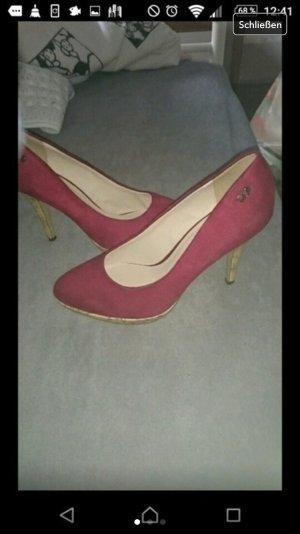 High heels rot nagelneu