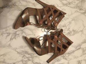 High heels, Sandale von bullboxer