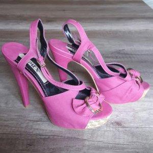 High Heels / Sandalen in pink