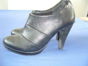 High Heels Stiefelette schwarz s.Oliver 38