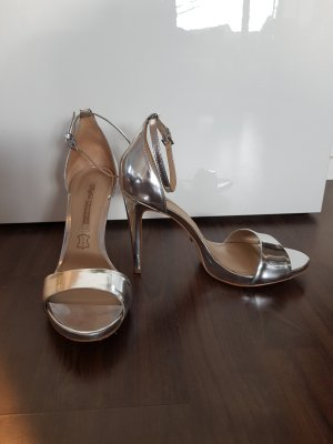 High-Heels von Buffalo im Metallic-Look