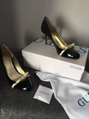 High Heels von Guess