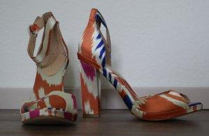 High Heels von Zara, glänzendes Obermaterial