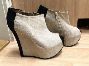 High heels, Wedges, Luichiny