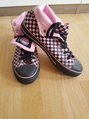 Underground High Top Sneaker pink